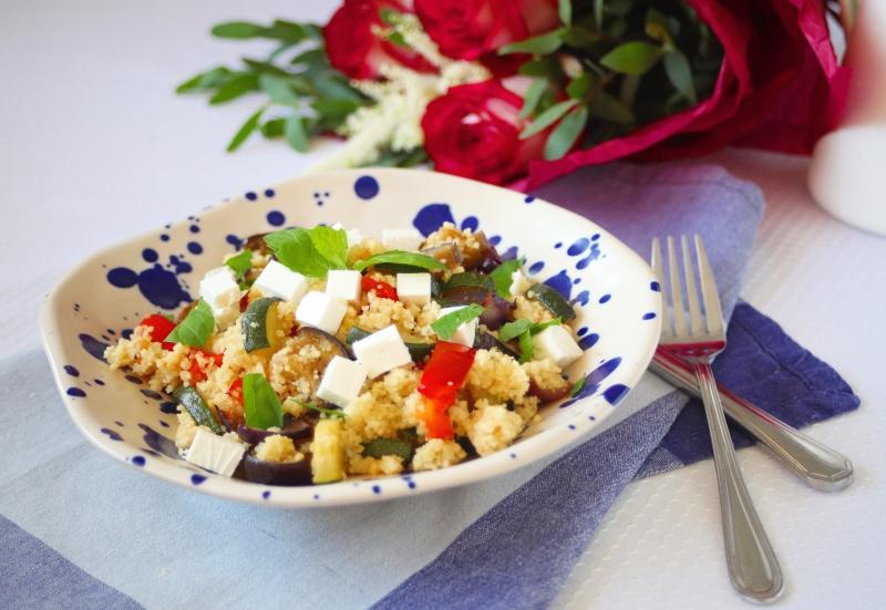 Kuskus s grilovanou zeleninou a kozím sýrem