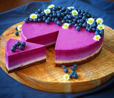 Nepečený borůvkový cheesecake